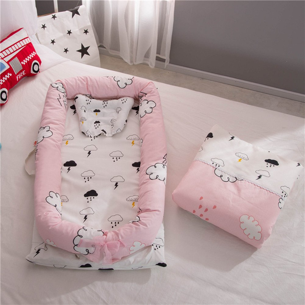 Ukeler Baby Bassinet for Bed - Cloud Printed Baby Lounger -100% Cotton Portable Crib for Bedroom/Travel - Breathable & Hypoallergenic Co-Sleeping Baby Bed Nest with Quilt Pillow for Girls