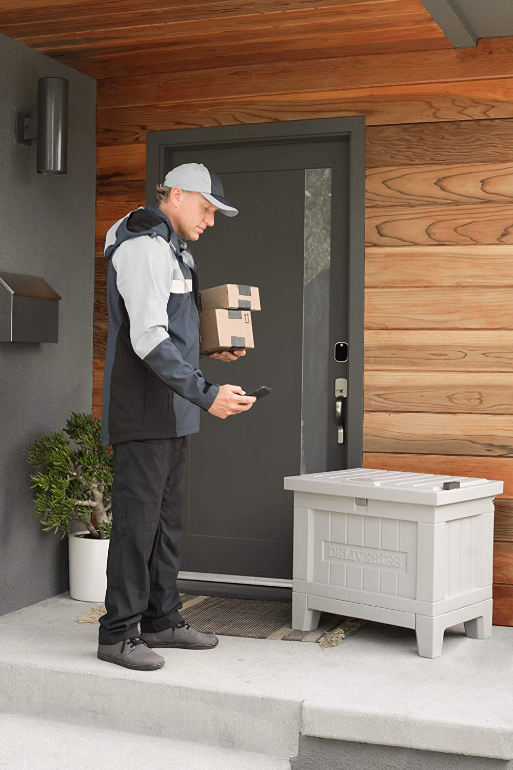 Kent Yale Smart Delivery Box in Manor Gray Keypad and Cooler with Wi-Fi Connect