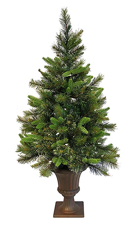 Pre Lit Outdoor Christmas Trees Battery Operated.Vickerman 3 5 Pre Lit Battery Operated Cashmere Potted Christmas Tree Clear Led Lights