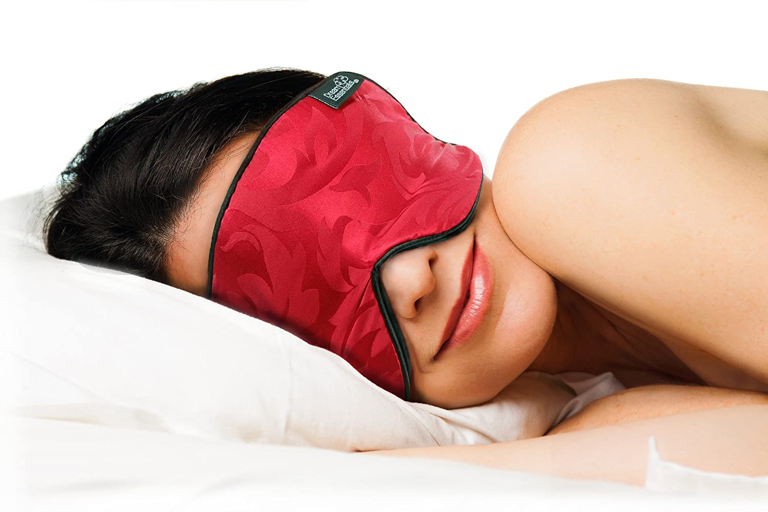 This 10 Sleep Mask Is Knocking People Out Cold This 10 Sleep Mask Is Knocking People Out Cold new foto