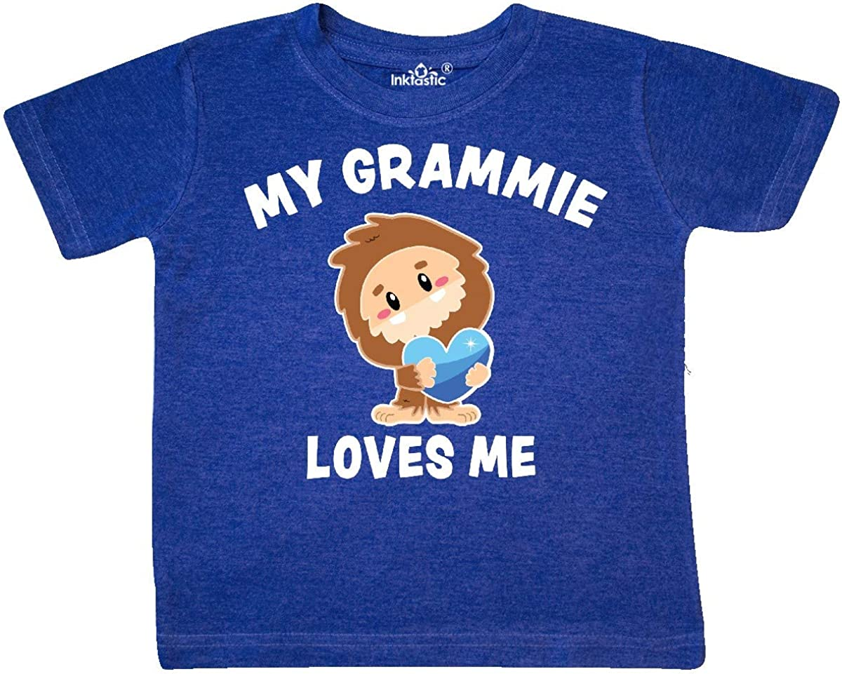 inktastic Cute Bigfoot My Grammie Loves Me Toddler T-Shirt