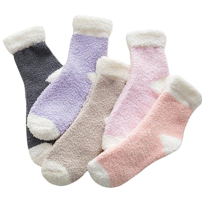 Black Temptation 6 Pares de Calcetines Fuzzy Deslizador de Dormir de Invierno Calcetines Color al Azar