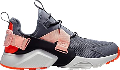 online store 4b1a8 ccf87 Nike Women's Air Huarache City Low Shoes (6, Grey/Pink)