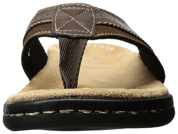945619012 Amazon.com  Dockers Men s Laguna Flip Flop  Shoes