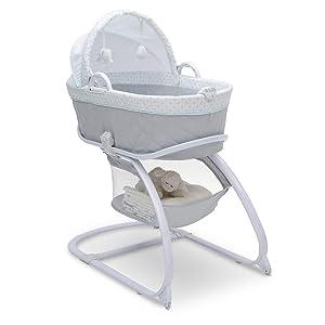 Delta Children Deluxe 2-in-1 Moses Bedside Bassinet Portable Crib, Merida