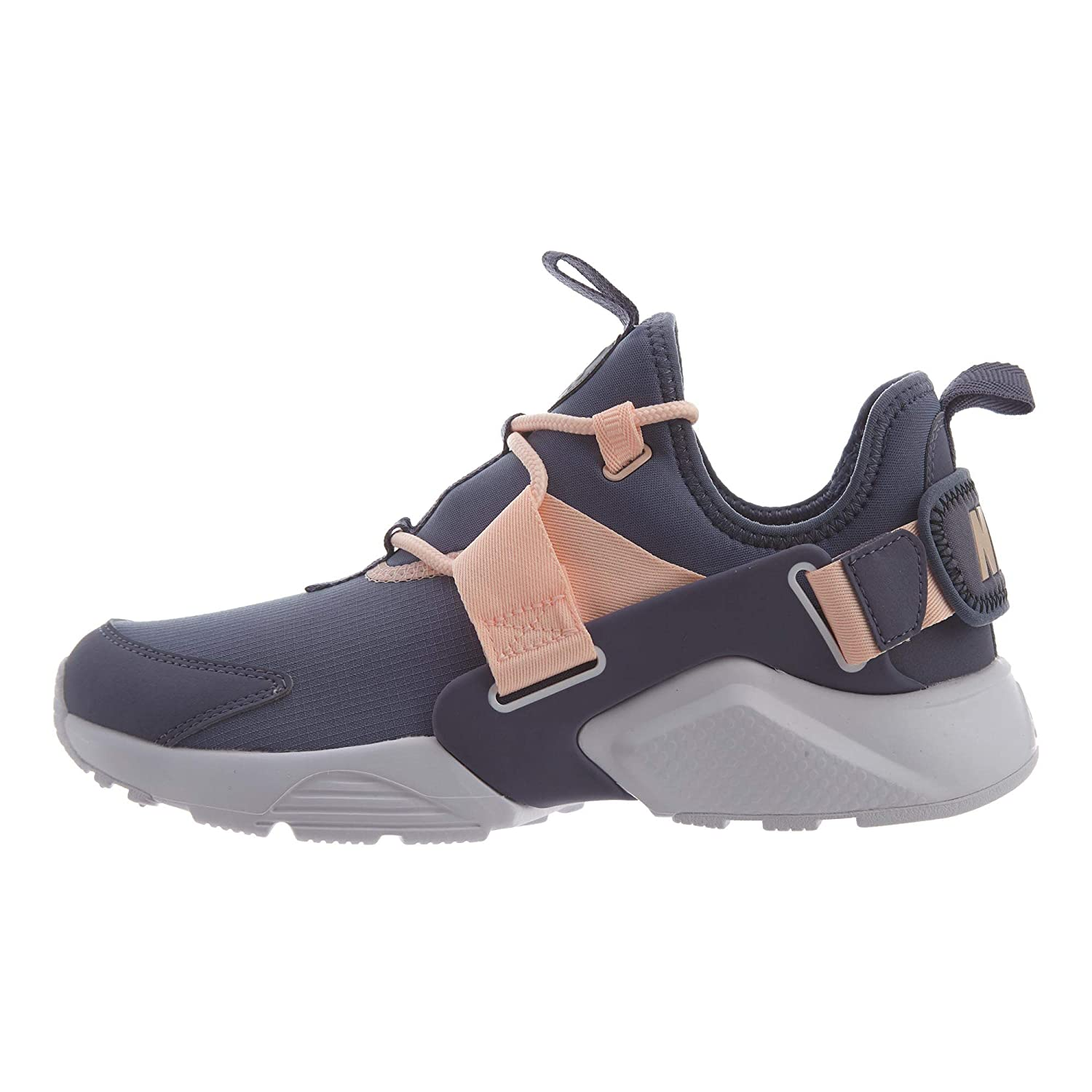 uk availability 7aede cac0a Amazon.com | Nike Air Huarache City Low Womens | Road Running