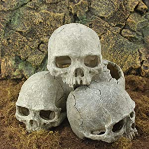 Halloween aquarium decorative resin skull