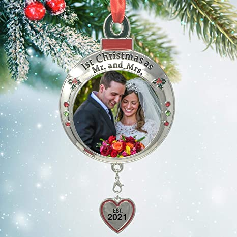 A Wedding For Christmas 2021 Amazon Com Banberry Designs Wedding Ornament 1st Christmas As Mr And Mrs Est 2021 Red And Green Picture Ornament Shaped Like An Ornament Bulb Our First Christmas Marriage Husband Wife