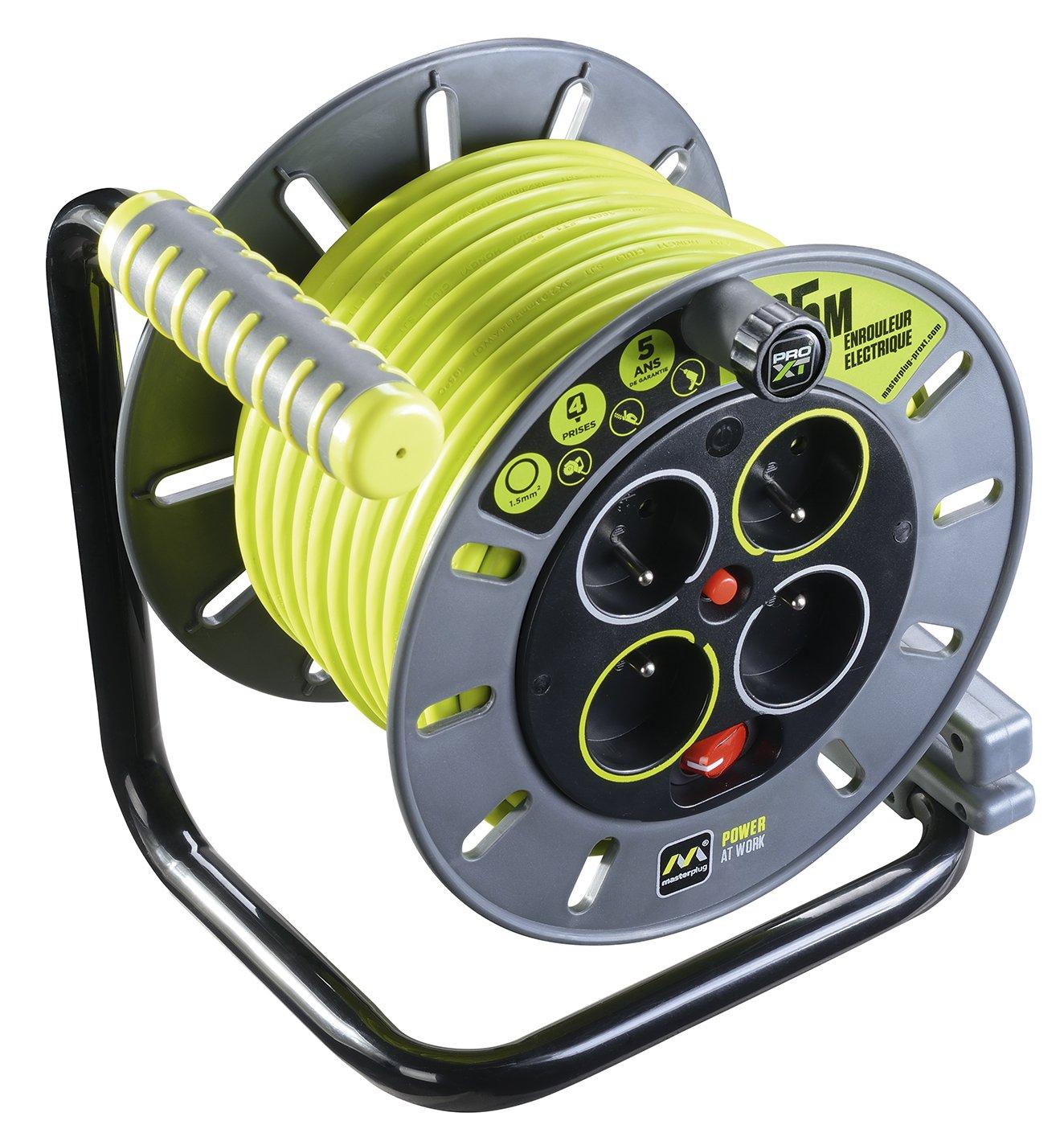 Enrollacable de 25 metros Masterplug OMF25164SL-PX por sólo 51,45€
