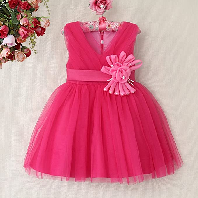 Diseño floral de color crema, de color rosa, blanco o vestido de dama de