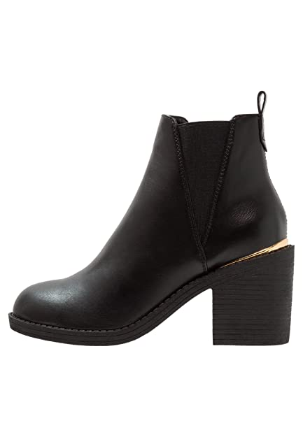 Even ODD Women s Block Heel Chelsea Boots - Mid Heel Ankle Boots with Metal  Detail in Black e0906d7a10fb