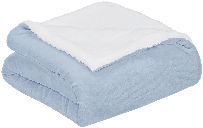 AmazonBasics Micromink Sherpa Blanket - Super-Soft, Wrinkle-Resistant - Full/Queen, Smoke Blue