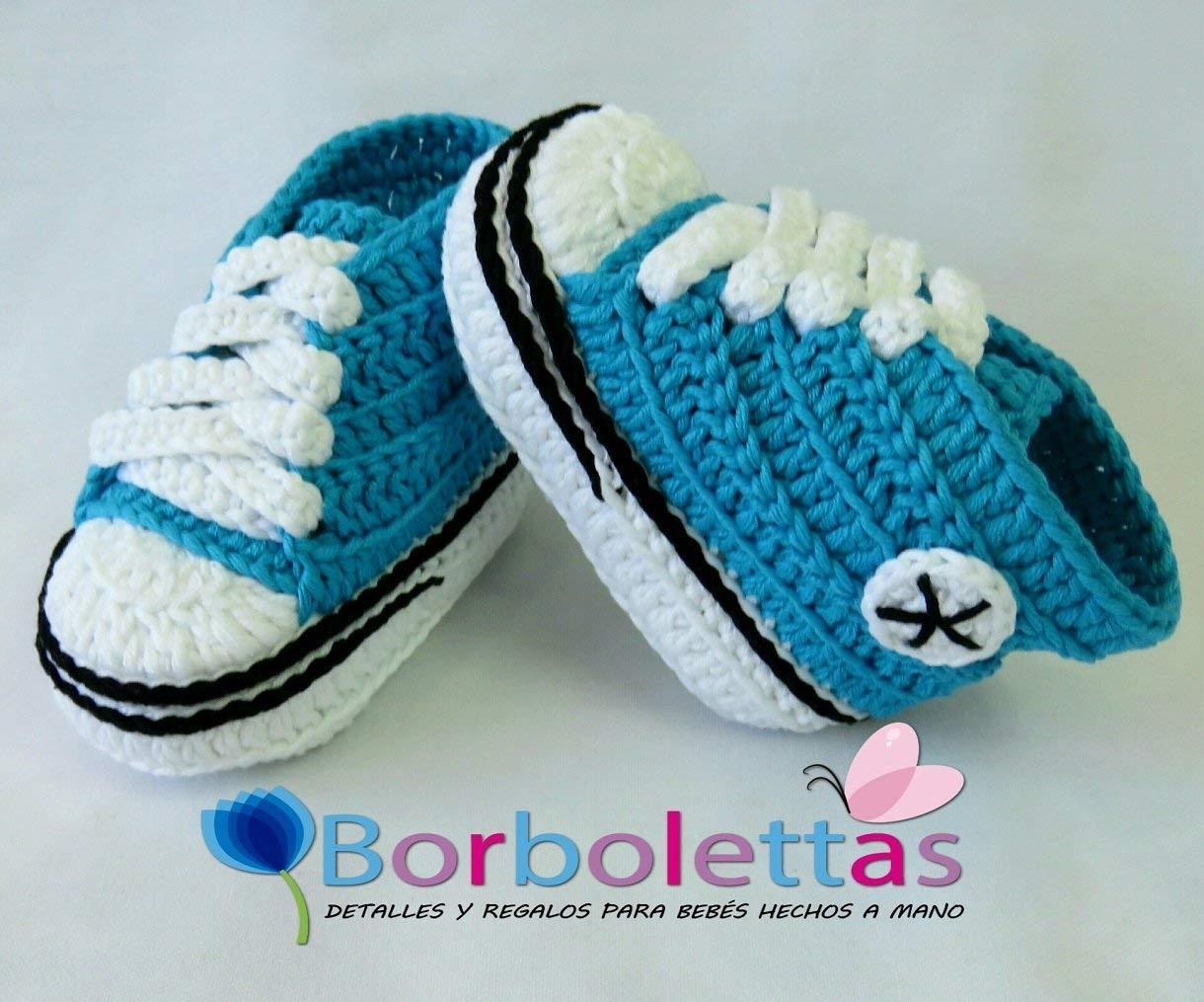 Des Chaussons pour un Bébé, type Converse, Bleu Turquoise, 3-6 mois. Fait à la main. Crochet. España