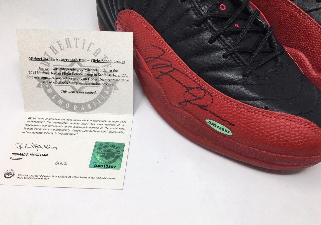 Air Jordan 12 Influensa Spillet Signert Mini PxG5pLIVu