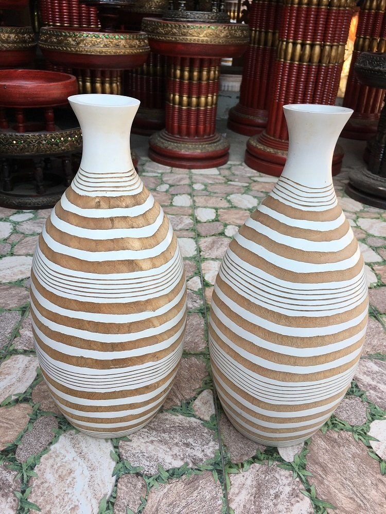 A Pair of Mango Wood Vase Hand-Crafted, Floor Vase 15 inches (No.0023) by WADSUWAN SHOP
