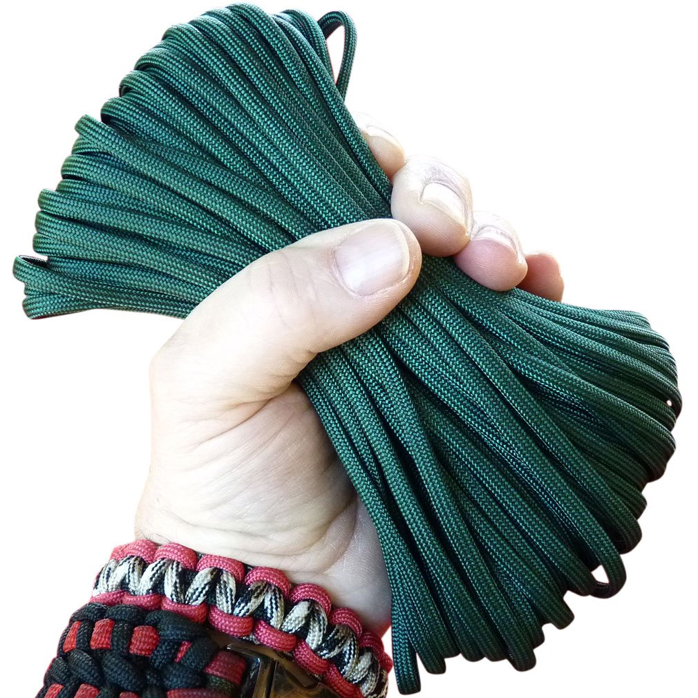 Paracord Deep Emerald Green 100 ft. Hank, 7 Internal Strands, 550 Lb. Break Strength.  Military Survival Parachute Cord for Bracelets & Projects.  Guaranteed Made In US.  Includes 2 eBooks. by Dakota Gear (TM) (Image #1)