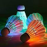 YAHEA Bádminton LED que brilla en la oscuridad, paquete de 4 bombones de bádminton, pajarito de bádminton, especialmente dise