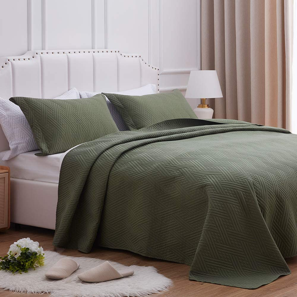 SunStyle Home Quilt Set Twin Size,Olive Green Diamond Pattern Bedspread-68 x86, Soft Lightweight Microfiber Coverlet, Luxurious Warm Bed Cover for All Seasons-2 Pieces(Include 1 Quilt, 1 Pillow Sham)