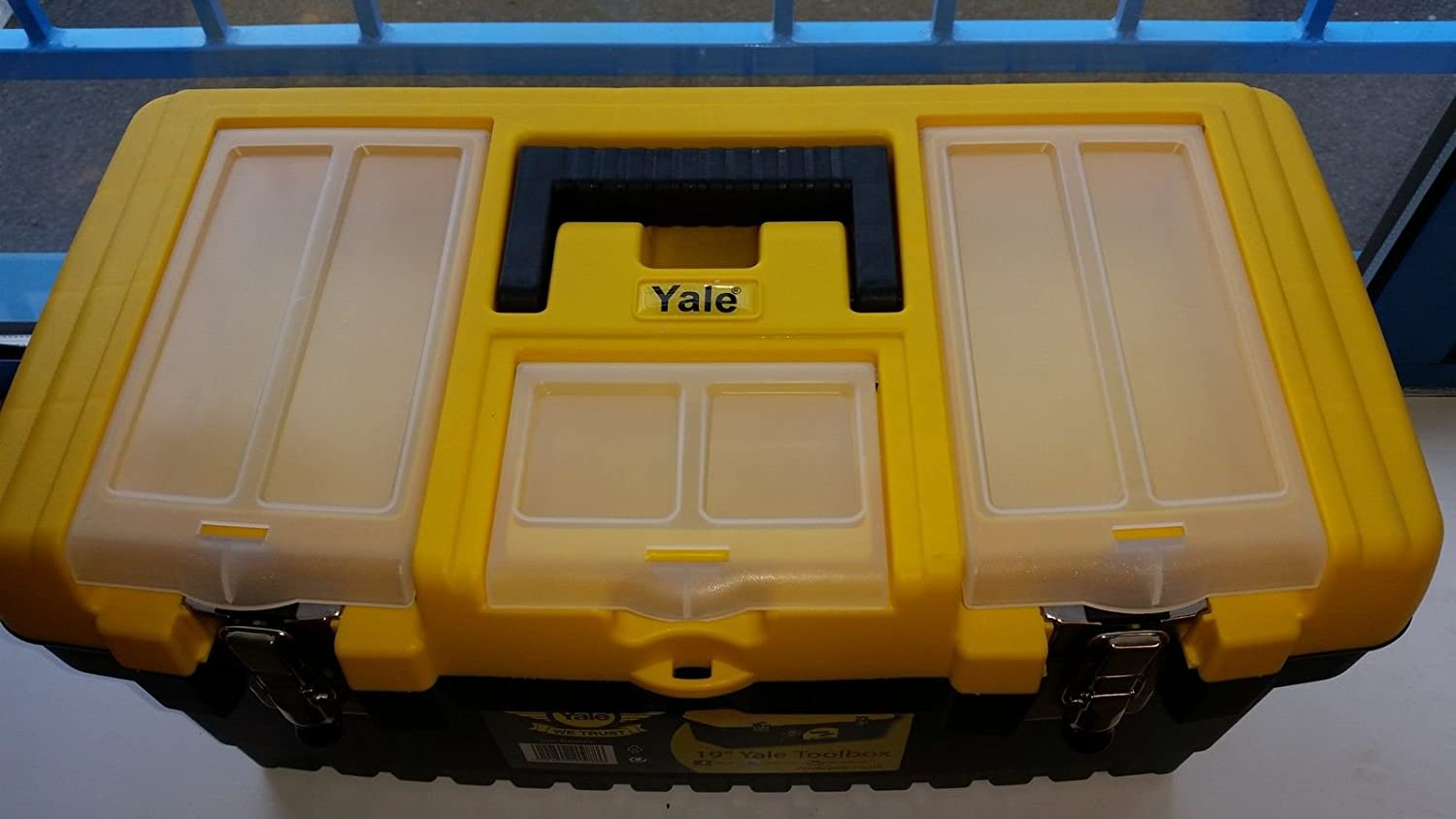 """carry handle BRAND NEW Yale Toolbox 19/"""" Sturdy Design removable compartment"""