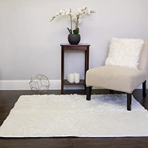Faux Fur Area Rug Decorative 4' x 5' Ultra Soft and Luxurious Cruelty Free Eco Friendly Shag Non Skid Premium Floor Cover for Living Room, Dining Room, Bedroom, and more!, White