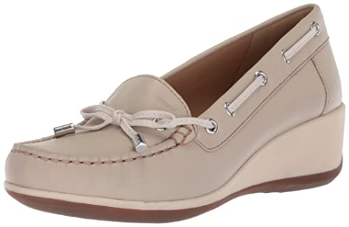 Geox Womens ARETHEA 1 Moccasin, Light Taupe, ...