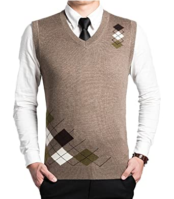 a4f90ecc732542 Men s V-Neck Argyle Sweater Pattern Vest Cardigan Knitted Waistcoat  Sleeveless