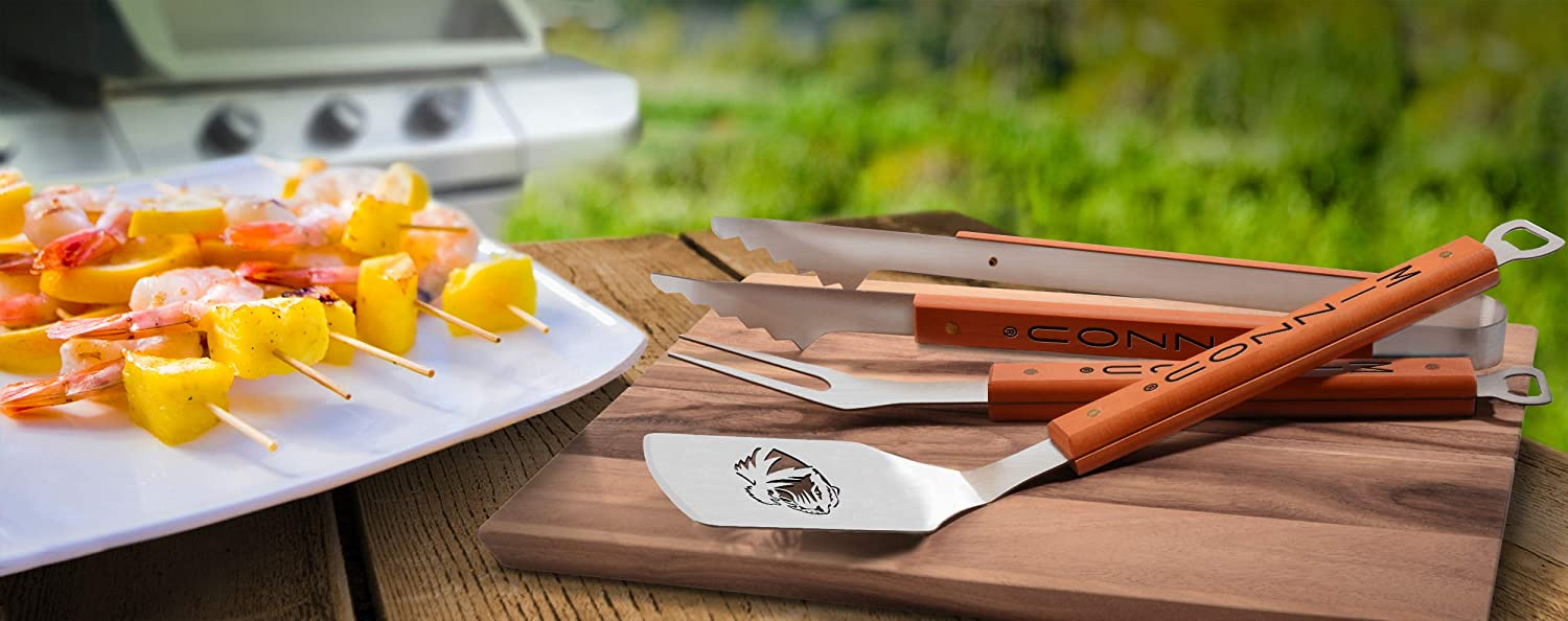 NCAA 3-Piece BBQ Grill Set Classic Series Sportula Fork /& Tongs with 2 Bottle Openers by YouTheFan