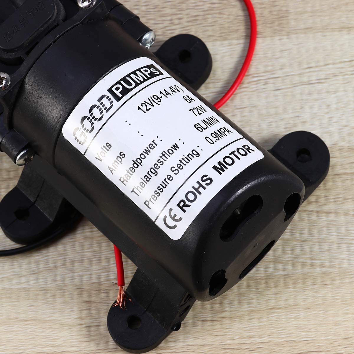 Vosarea 12V 72W Water Pump Diaphragm Pump Mini Electric Car Washing Pump Straight Pipe for Camper Marine Boat Black