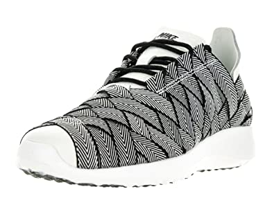 newest 2ba85 f9403 NIKE Women s W Juvenate Woven PRM, Black SAIL-White, ...
