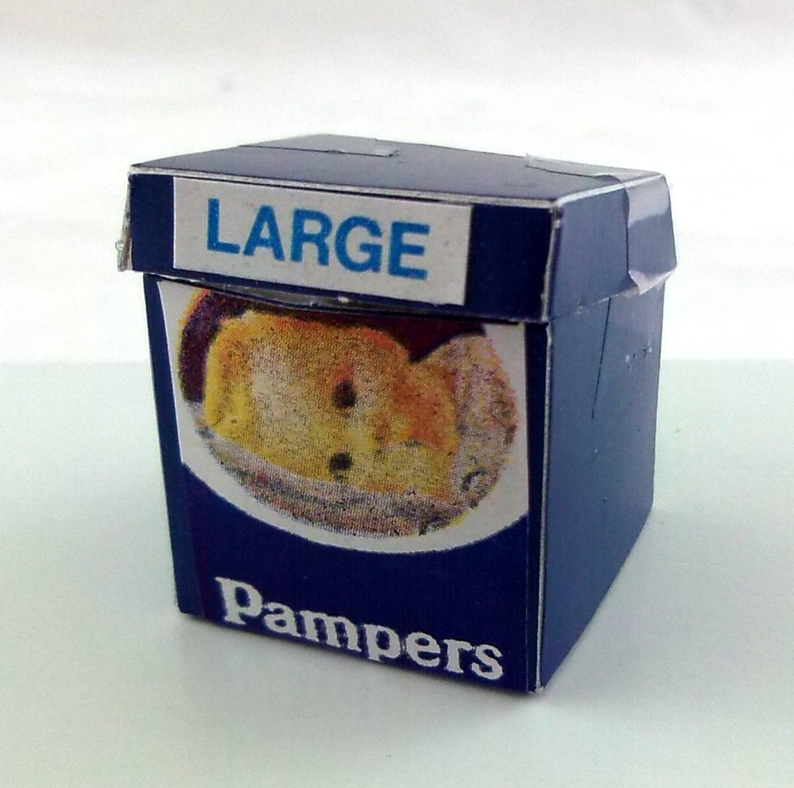1:12 Scale Doll House Miniatures Nursery Pampers Nappies Box
