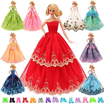 3efcc78660291 BARWA 15 Items 5 Pcs Fashion Wedding Party Dresses Clothes with 10 Pairs of  Shoes for 11.5 Inch Girl Doll Xmas Gift