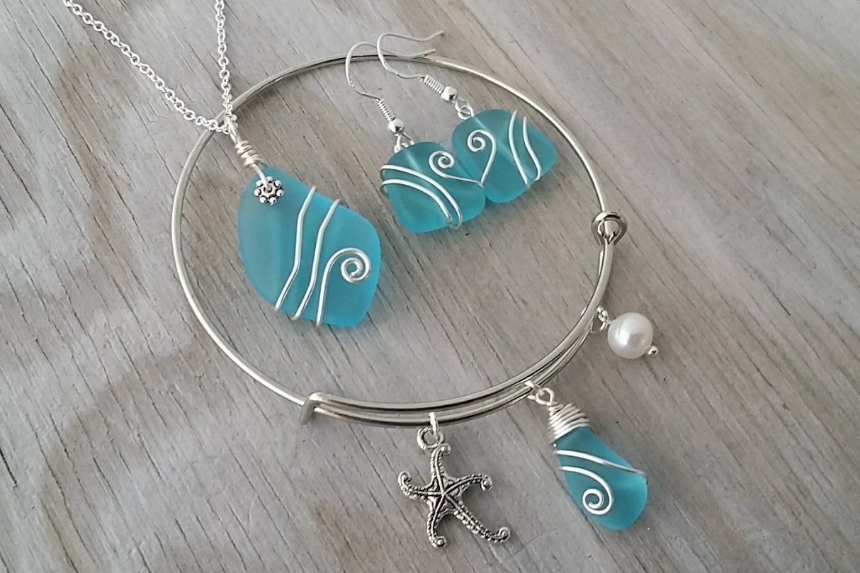 Handmade in Hawaii, Wire wrapped blue sea glass necklace + earrings + bracelet jewelry set, Starfish charm, Sterling silver chain, Hawaiian Gift, FREE gift wrap, FREE gift message, FREE shipping