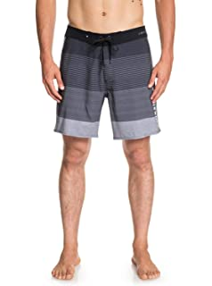 a468ead8f7 Amazon.com: QUIKSILVER Men's Classic Yoke 17