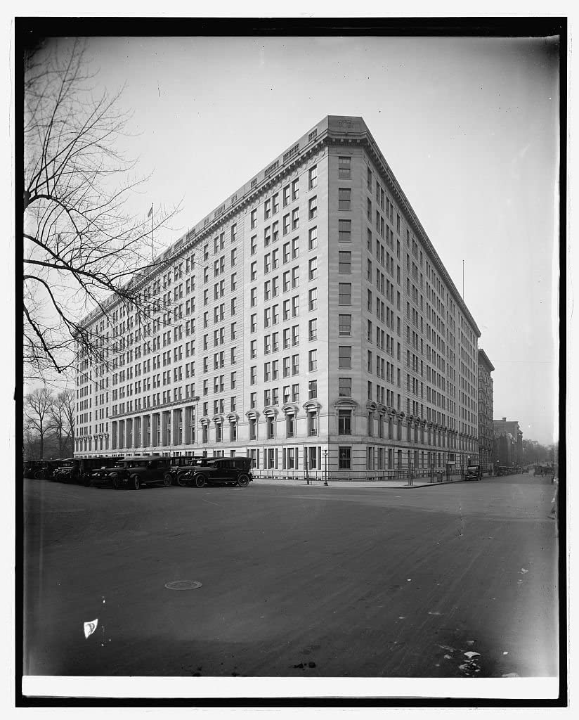 Vintography Reproduced 16 x 20 Photo of: War Risk, Vermont Ave, N.W, Washington, D.C. 1922 National Photo Company