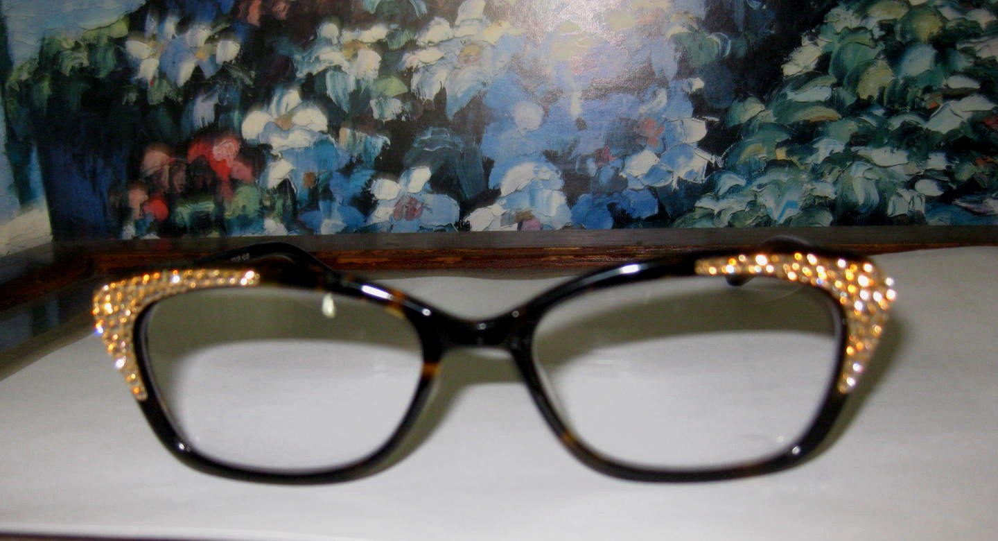 3609c4660ce Amazon.com  Jimmy Crystal of Ny Reading Glasses Large Frame with Sparkling  Swarovski Crystals (2.00)  Health   Personal Care