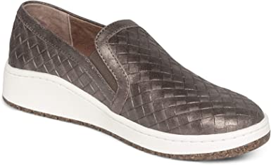 comfortable sneakers with arch support