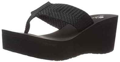 86d74cad3a26 Nomad Women s Tide Wedge Sandal Black 7 M US