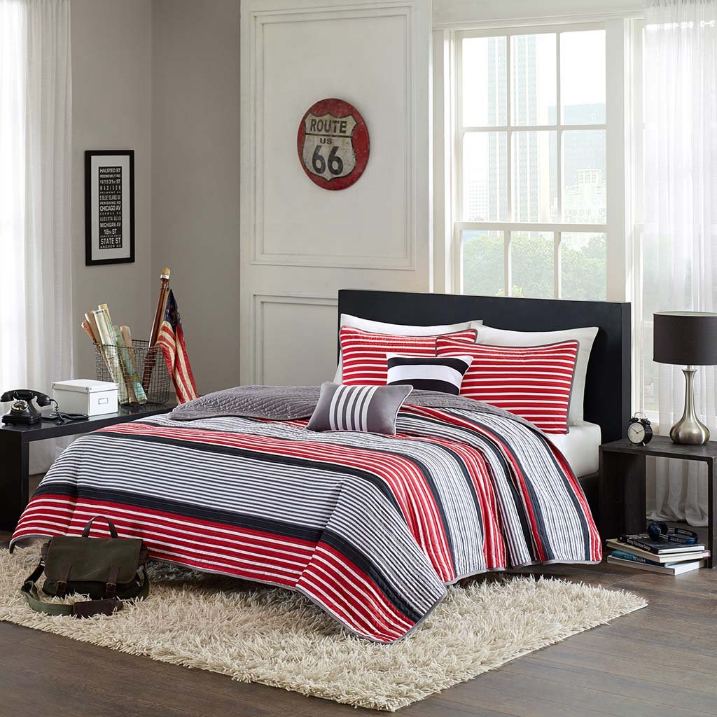 Intelligent Design Paul Full/Queen Size Teen Boys Quilt Bedding Set - Red Black, Striped – 5 Piece Boys Bedding Quilt Coverlets – Ultra Soft Microfiber Bed Quilts Quilted Coverlet