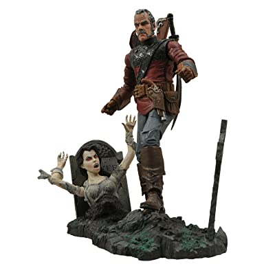 DIAMOND SELECT TOYS Universal Monsters Select: Van Helsing Action Figure: Toys & Games