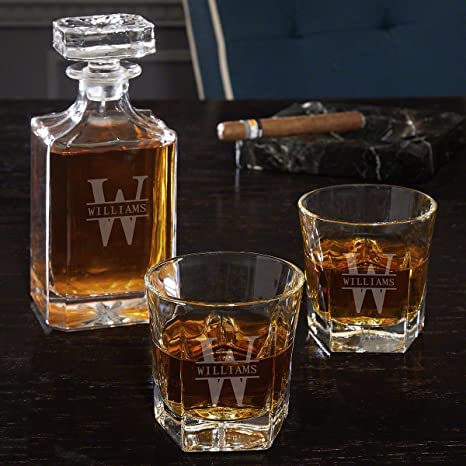 Custom Whiskey Decanter with Gold Trim Accents Set Decanter with 4 Glasses