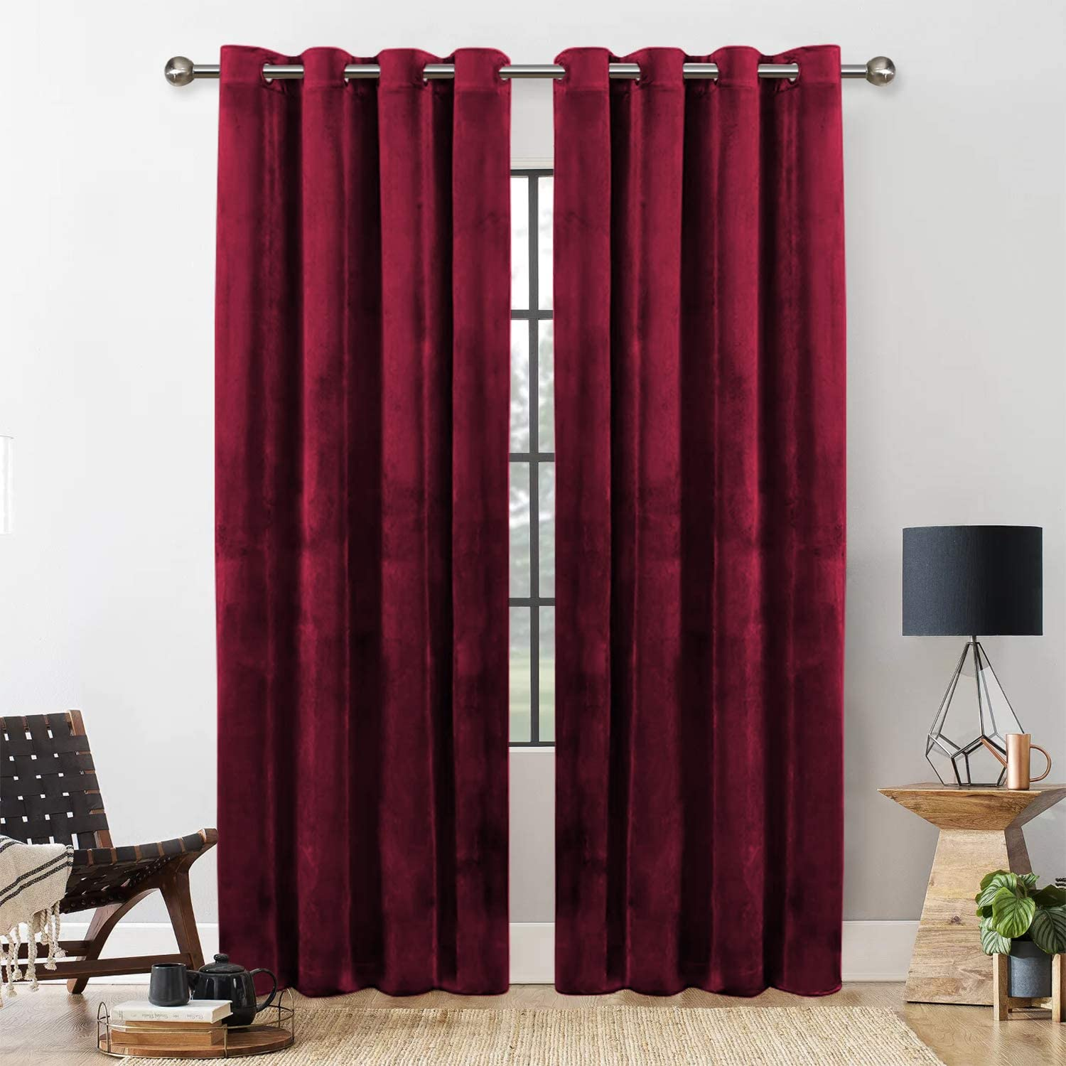 Yorkshire Bedding Blackout Curtain 54 Drop Eyelet Room Darkening Burgundy Crushed Velvet Curtains For Bedroom Decor Fully Lined Window Curtains Tie Backs 116cm X 137cm Amazon Co Uk Kitchen Home