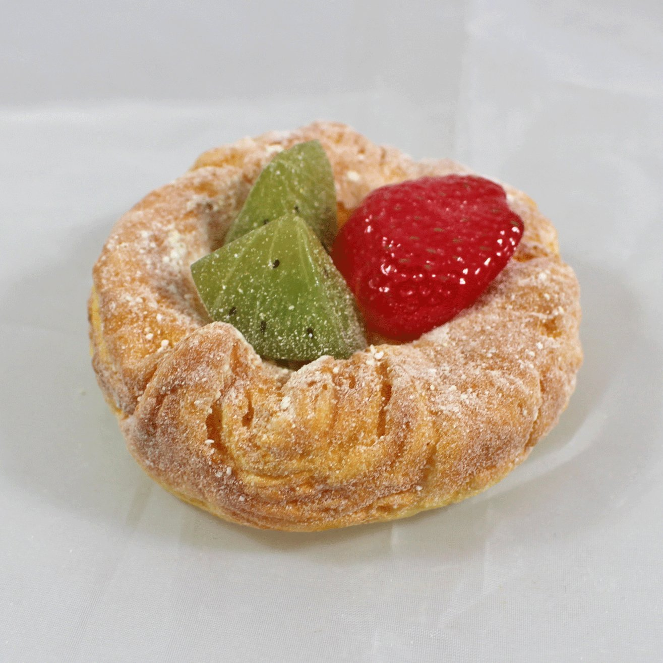 Just Dough It FakeラウンドPastry Topped With Fruit   B07D9XMKK3