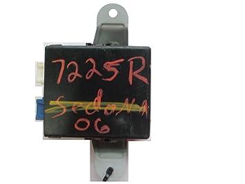 OE Kia parte # 98750 - 3e000 - Limpiaparabrisas módulo de Control: Amazon.es: Coche y moto