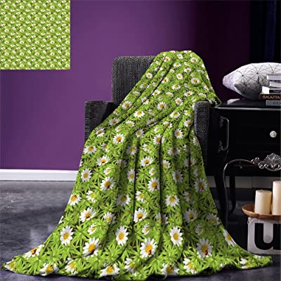 Fenlin Nature Throw Blanket Chamomiles and Ladybugs in Spring Season Blooming Flowers and Wildlife Velvet Plush Throw Blanket Apple Green Marigold Red: Kitchen & Dining