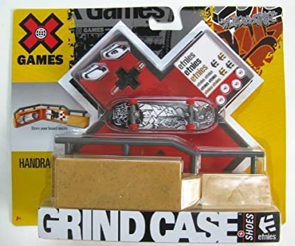 Protech McFarlane XToyZ2 Display Case for Larger Figures Quantity of 5