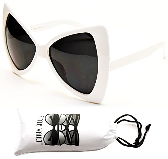 9c2631136b Amazon.com  Wm529-vp Cateye Butterfly Oversized Sunglasses (1684 ...