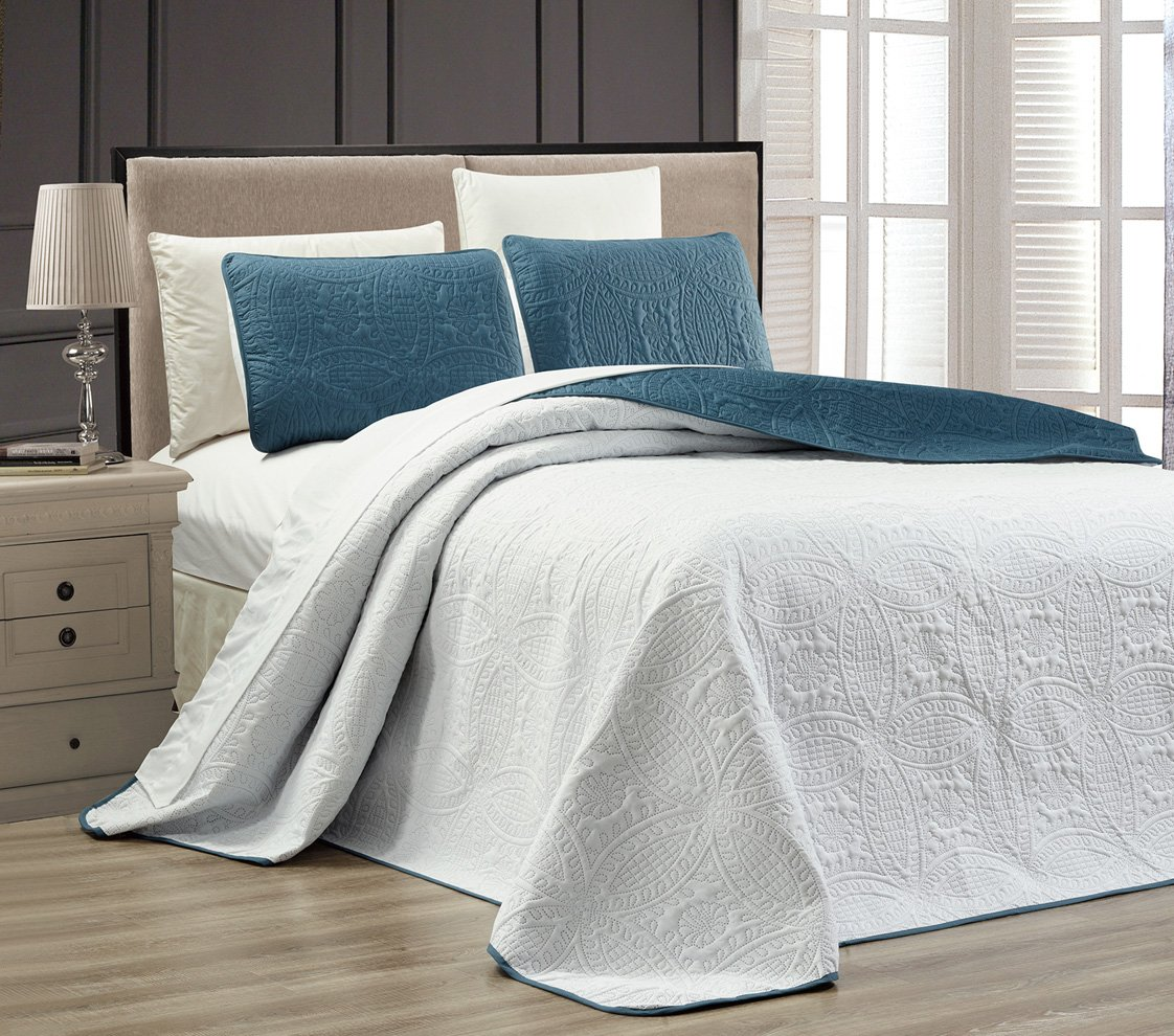 3-Piece SPA BLUE / WHITE Oversize ''ORNATO'' Reversible Bedspread QUEEN / FULL Embossed Coverlet set 106 by 100-Inch by Grand Linen (Image #2)