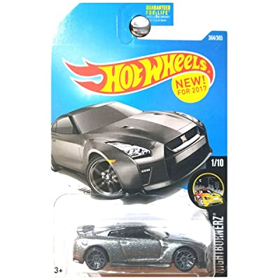 Hot Wheels 2020 Nightburnerz '17 Nissan GT-R (R35) 364/365, Gray: Toys & Games
