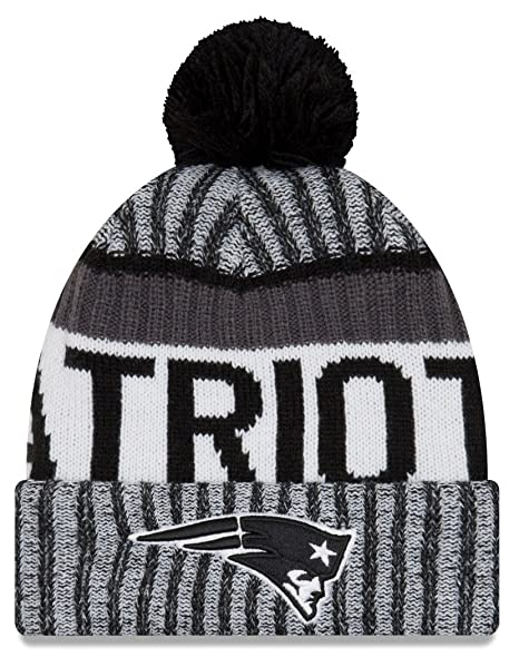 1dc0ace6068e3c Amazon.com : New Era Knit New England Patriots Black On Field Sideline  Winter Stocking Beanie Pom Hat Cap 2015 : Clothing