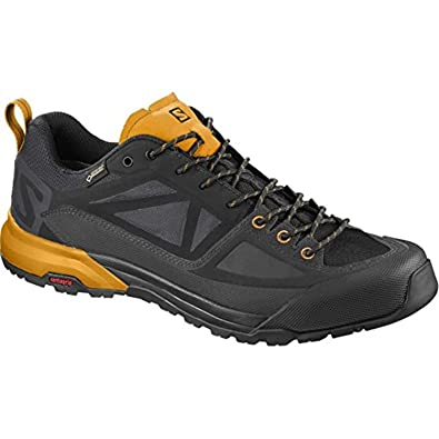 Salomon Women's X ALP Spry GTX Mountain Boots & Collapsing Water Bottle Bundle